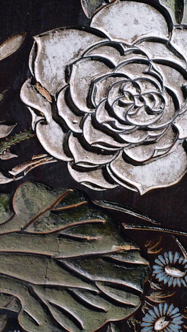 4_CHANEL_Coromandel-Legend_east_meets_west_flower_screen